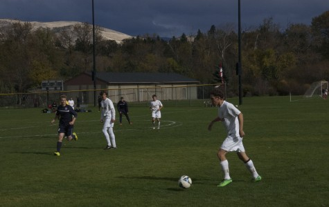Boys Soccer Clinches League Title