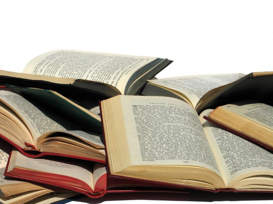 5+Books+Everyone+Should+Read