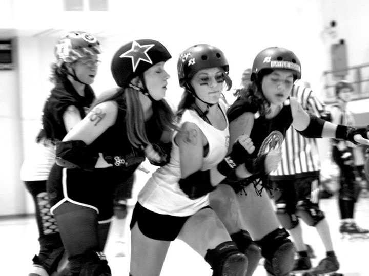 Lauren Pauli in the center during a recent bout.